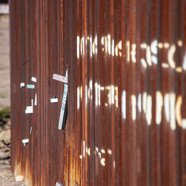 """""""Memorial Cross on United States Border wall with Mexico from Nogales Sonora Side"""" stock image"""