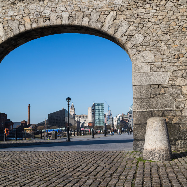 """""""Archway to the Liverpool waterfront"""" stock image"""