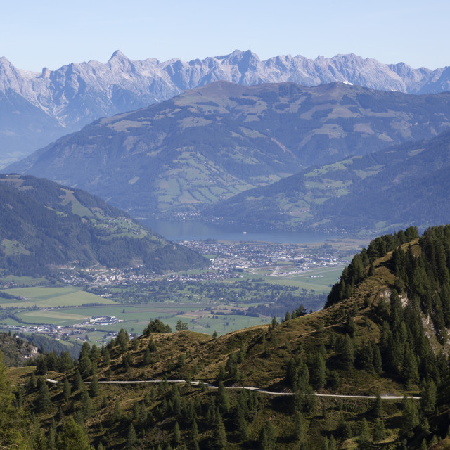 """""""View from the Kitzsteinhorn mountain, in the Austrian Alps, towards Zell am..."""" stock image"""