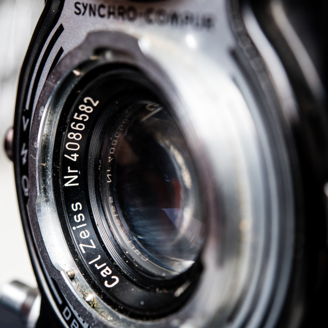 """Carl Zeiss lens name detail on vintage retro Rolleiflex photo ca"" stock image"