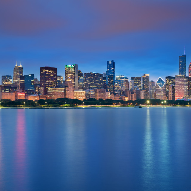 """""""Chicago downtown skyline at the blue hour, Illinois, United States"""" stock image"""