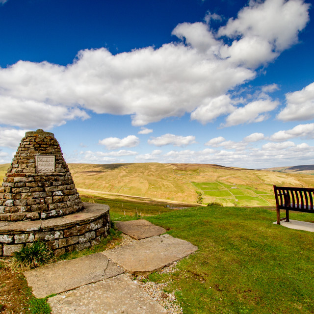 """""""Millenium Cairn on the Buttertubs pass, Swaledale, marking the boundary of Muker Parish, Yorkshire."""" stock image"""