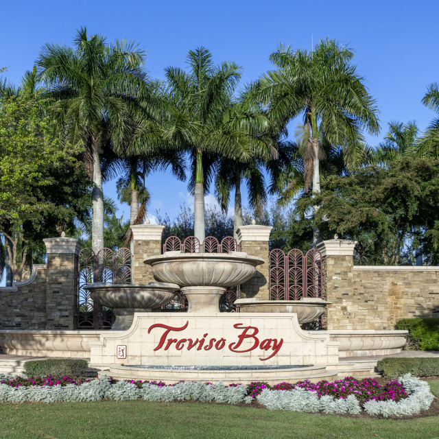 """""""The entrance to the Traviso Bay Resort in Naples"""" stock image"""