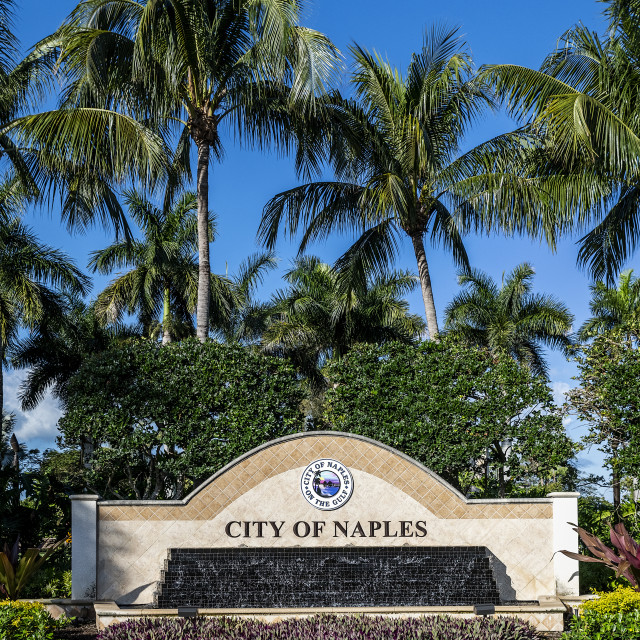 """""""The entrance sign for the city of Naples in Florida"""" stock image"""