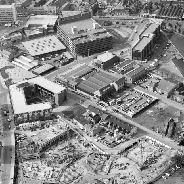 """Stuart House and City Centre (1983)"" stock image"