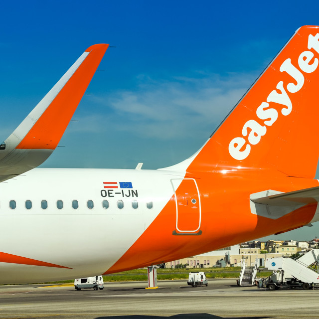"""""""Tail fin and winglet of an Easyjet Airbus A320 jet"""" stock image"""