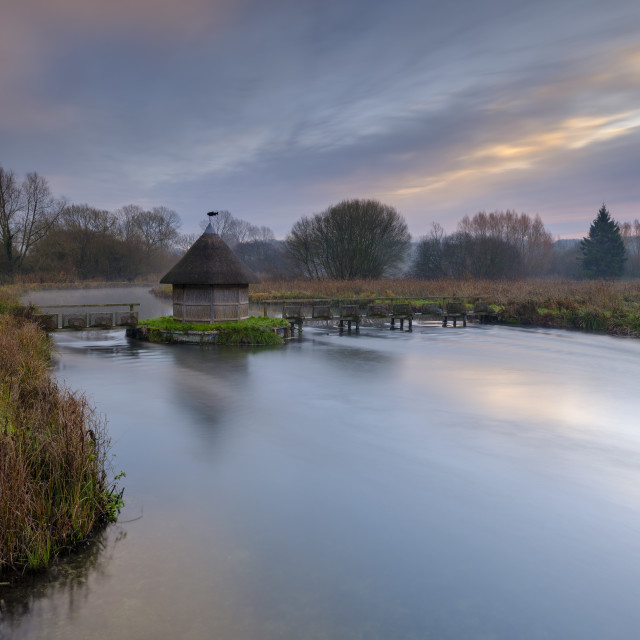 """The Bunny Eel House on the River Test at Longstock, Hampshire, U"" stock image"