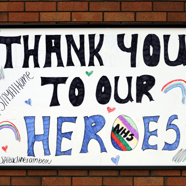 """""""Thank you to our NHS heroes sign"""" stock image"""