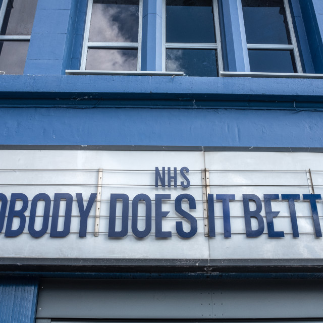 """""""GLASGOW, UK – MAR 28 2020 - NHS Tribute On Theatre Marquee"""" stock image"""