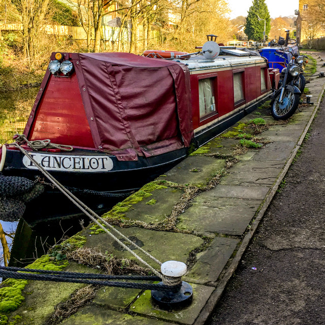 """""""Skipton Canal Basin on the Leeds Liverpool Canal. Narrow Boat Lancelot moored on Towpath"""" stock image"""