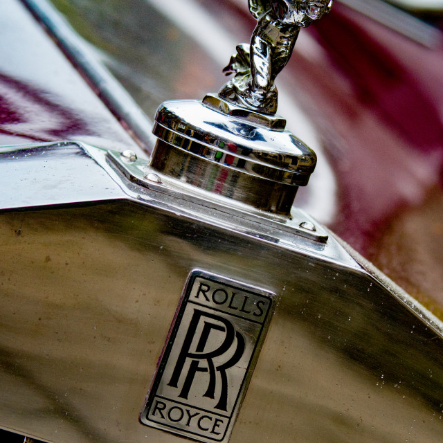 """""""Classic Rolls Royce car Emblem, Transport at the Haworth 1940's Weekend. The Spirit of Ecstasy is the bonnet ornament sculpture on Rolls-Royce cars."""" stock image"""