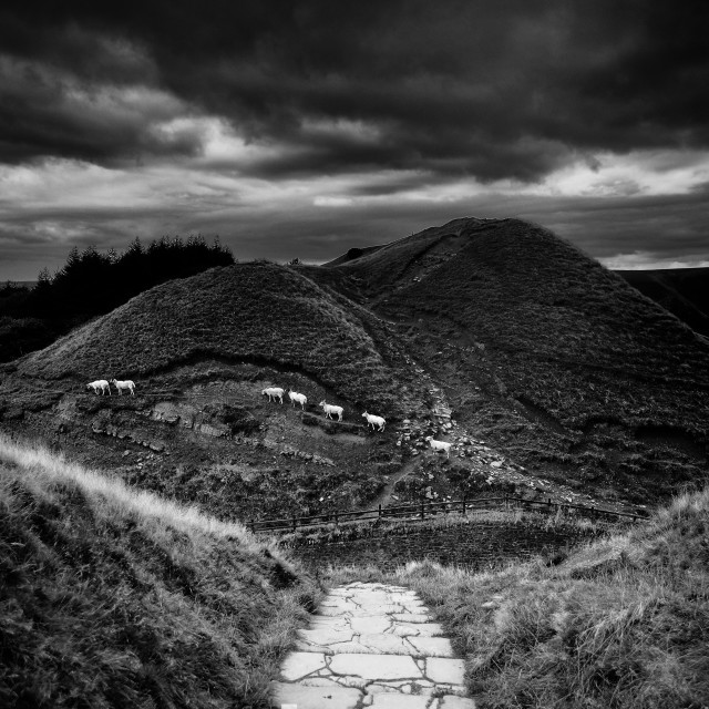 """""""Stone path leads from the ancient Man Tor in Edale, Peak Distric"""" stock image"""