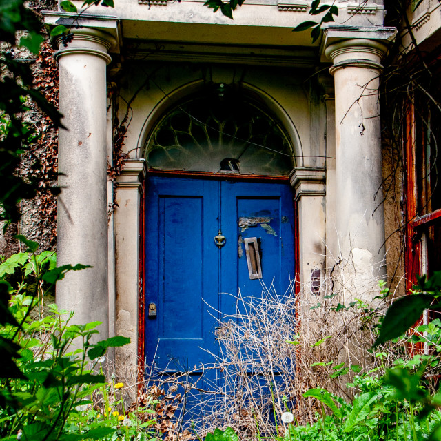 """""""Dilapidated Entrance to Georgian Property in Richmond, Yorkshire."""" stock image"""