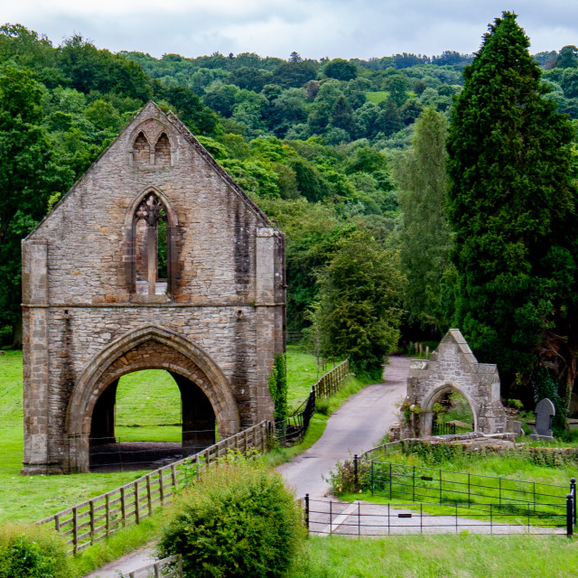 """""""Ruins of The Gatehouse, Easby Abbey, Richmond, Yorkshire."""" stock image"""