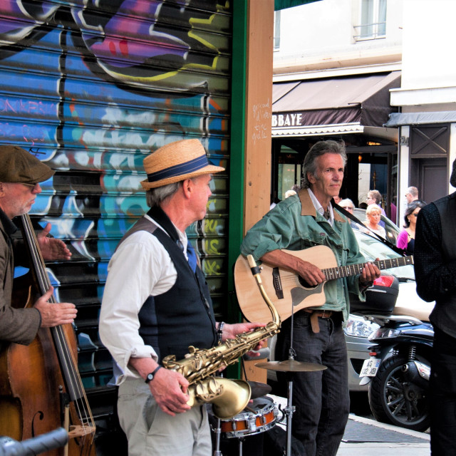 """""""Buskers in Paris"""" stock image"""