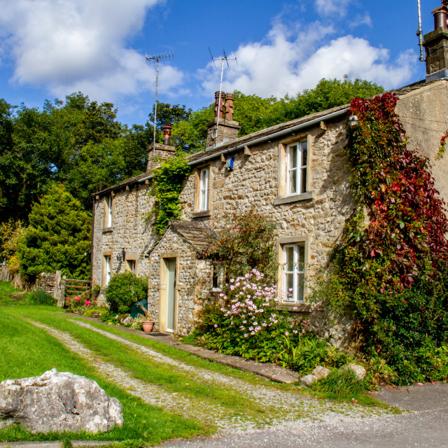 """""""Picturesque Cottages in Kettlewell"""" stock image"""
