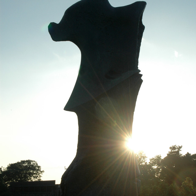 """""""Standing Figure Knife Edge silhouette. . Henry Moore"""" stock image"""
