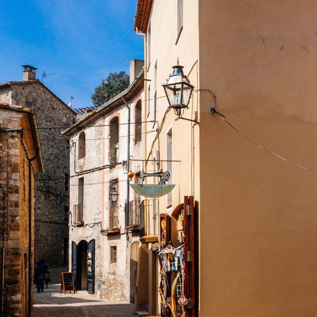 """""""Narrow cobbled street in the old medieval town of Besalu, Girona"""" stock image"""