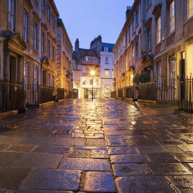 """""""Wet paving stones and Georgian houses along the North Parade buildings, Bath,..."""" stock image"""