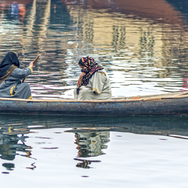 """""""Two Ladies in a Canoe at Dal Lake"""" stock image"""