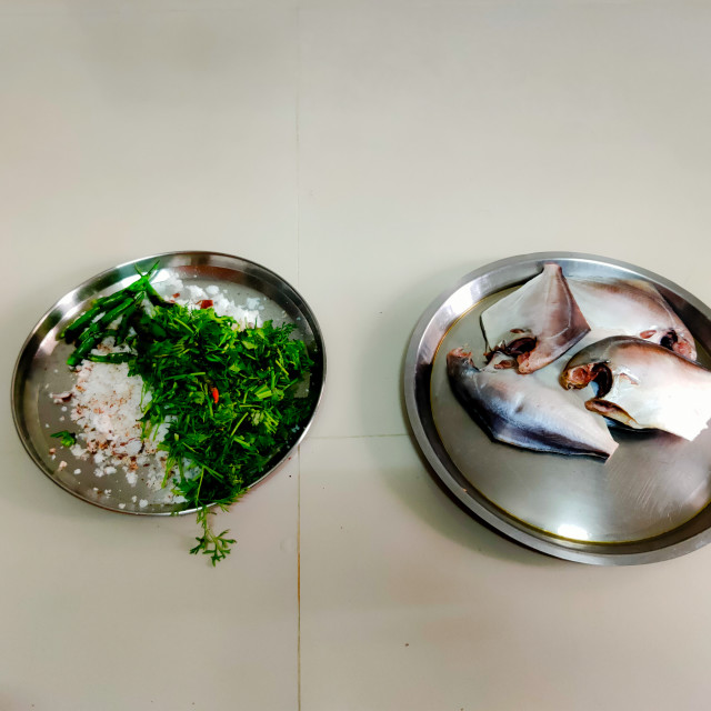 """""""pomfret fish with grated coconut with coriander and green chillies"""" stock image"""