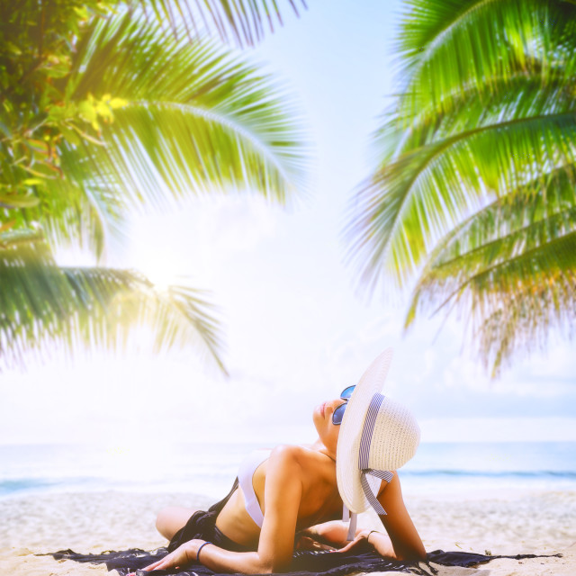 """""""Beach vacation freedom summer travel holidays. Woman in sun hat"""" stock image"""
