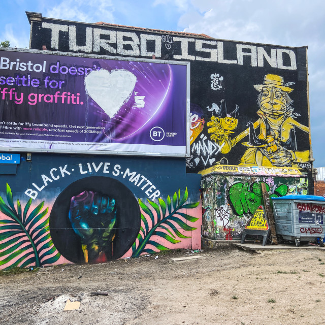 """""""Bristol doesn't settle for iffy graffiti"""" stock image"""