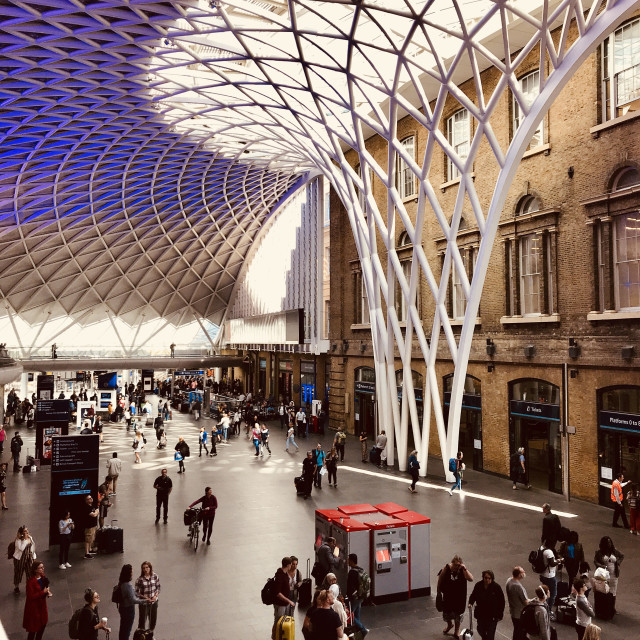 """""""King's Cross Concourse"""" stock image"""