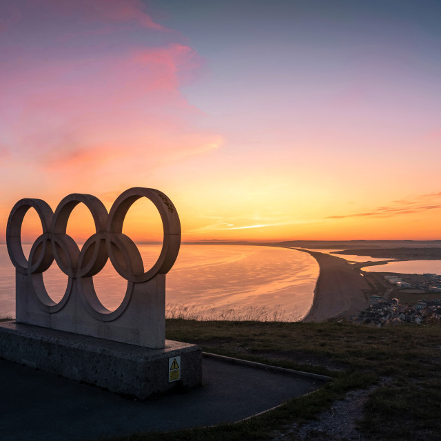 """""""Sunset behind the Olympic Rings Sculpture at Portland"""" stock image"""
