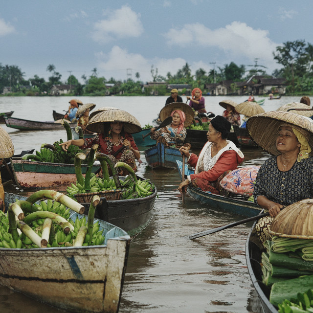 """""""Morning Discuss At Floating Market"""" stock image"""