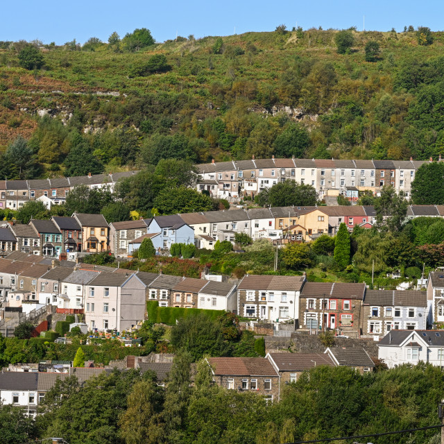 """""""Traditional terraced housing in the Rhondda valley in Wales."""" stock image"""