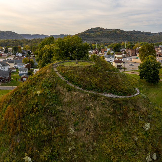 """""""Ancient indian or native american burial mound in Moundsville, West Virginia"""" stock image"""