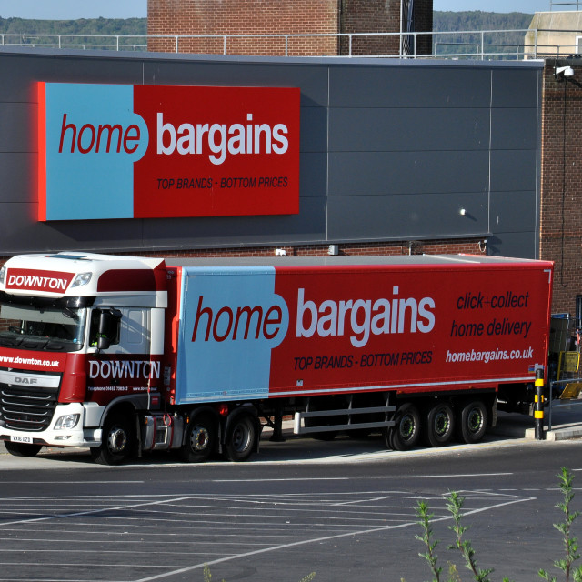 """""""Truck delivering to Home Bargains store at Langney Shopping Centre. Eastbourne, East Sussex, England."""" stock image"""