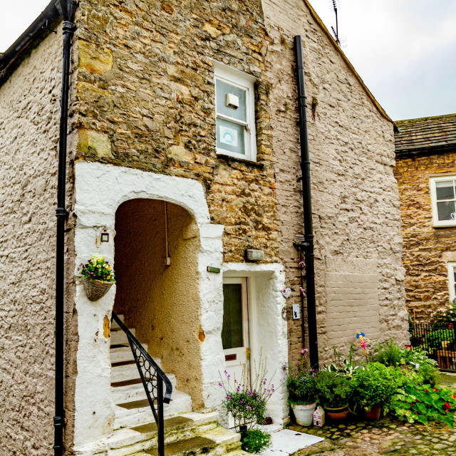 """""""Picturesque End Terrace Cottage, Richmond, North Yorkshire, England."""" stock image"""