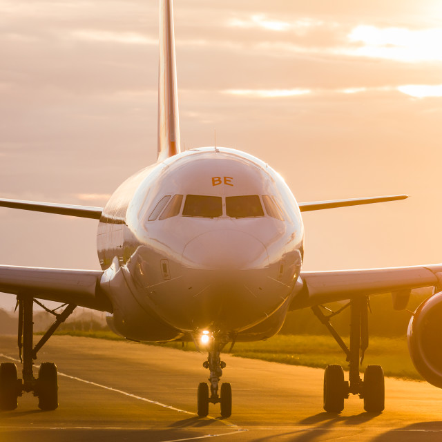 """""""Airliner taxing out to the runway"""" stock image"""