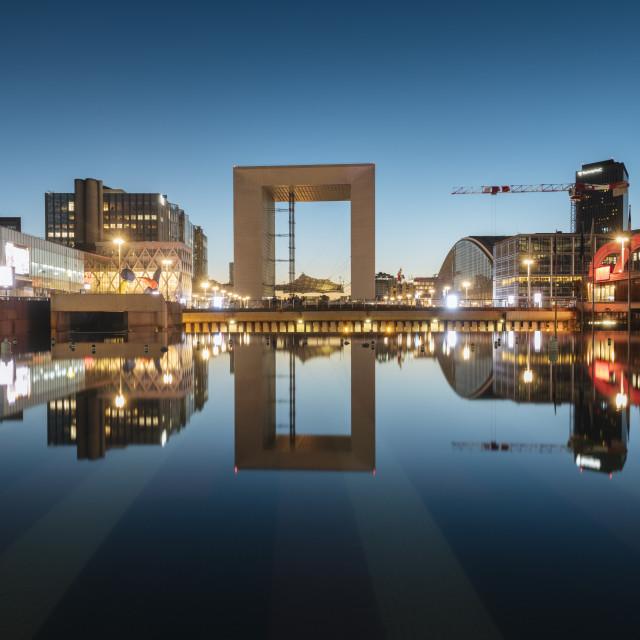 """""""La Grande Arche at twilight, La Défense, Puteaux, Paris, Île-de-France,..."""" stock image"""