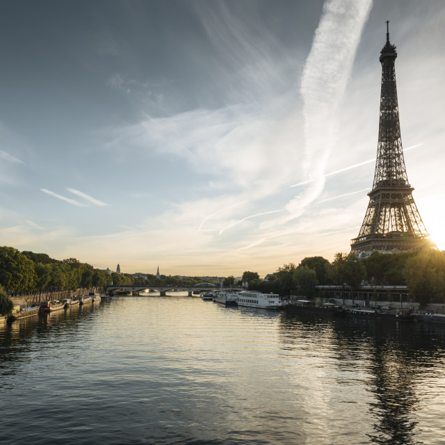 """Eiffel Tower and River Seine at dawn, Paris, Île-de-France, France, Europe"" stock image"