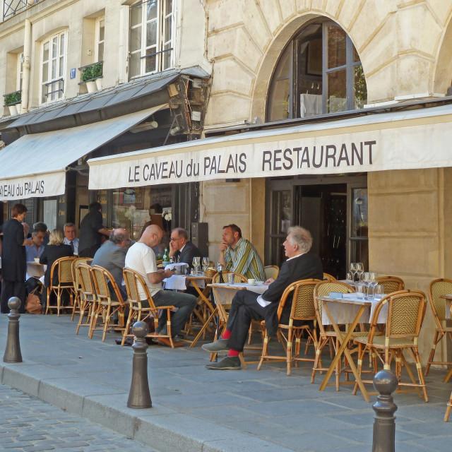 """""""Le Caveau du Palais Restaurant Place Dauphine Paris"""" stock image"""