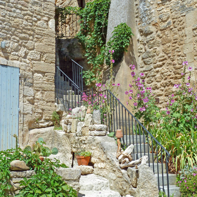 """""""A old street in Bonnieux Provence"""" stock image"""