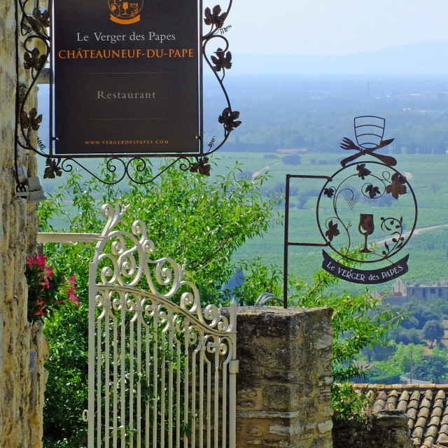 """""""Village of Châteauneuf-du-Pape in the Rhône wine region Provence"""" stock image"""