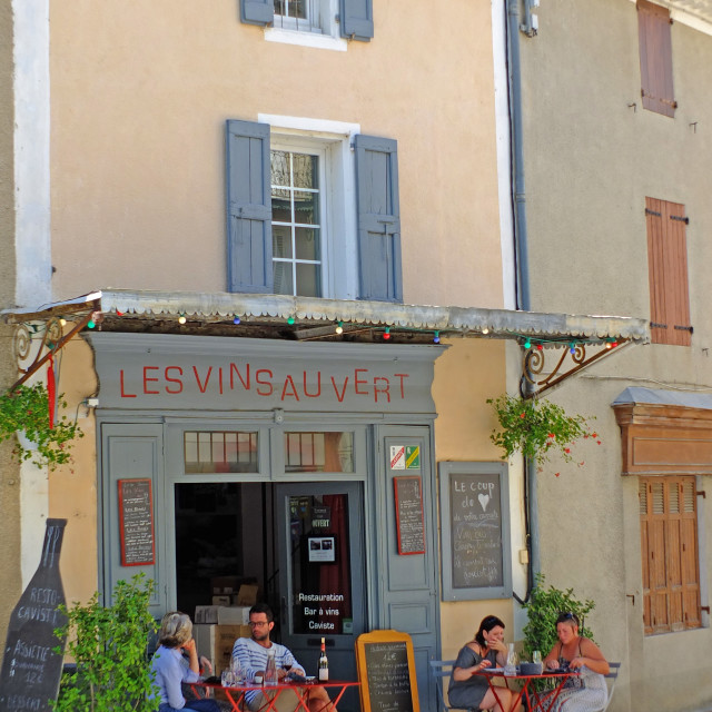 """Les vins au Vert wine bar Banon Provence"" stock image"