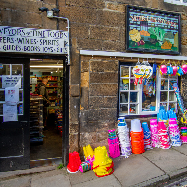 """""""Muir Lea Stores, New Road, Robin Hoods Bay, Yorkshire, England."""" stock image"""