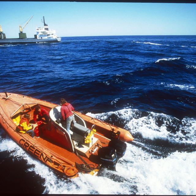 """Keine Gute Idee: Atommuellverklappung 1982 im Meer Keine Gute Idee: Atommuellverklappung 1982 im Meer"" stock image"