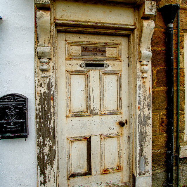 """""""Robin Hoods Bay, Entrance Door and Surround, Willow Cottage, Fisher Head"""" stock image"""