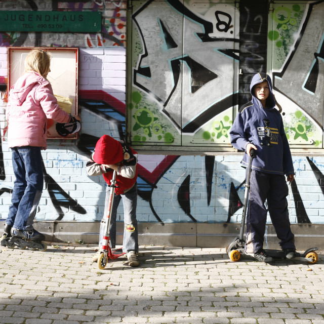 """""""Child Poverty in Germany (model released)"""" stock image"""