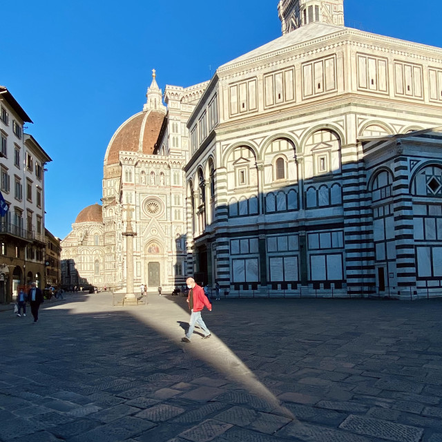"""""""A blade of light, Piazza del Duomo- Firenze"""" stock image"""