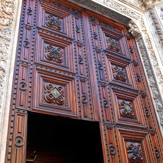 """""""Duomo entrance"""" stock image"""