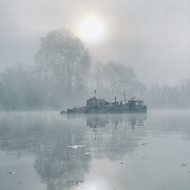 """""""Thames in the mist"""" stock image"""