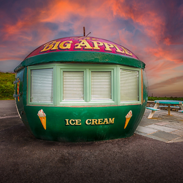 """Big Apple Kiosk in Mumbles"" stock image"