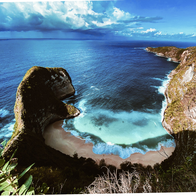 """Full aerial view of Kelingking Beach, Nusa Penida Island, Indonesia"" stock image"